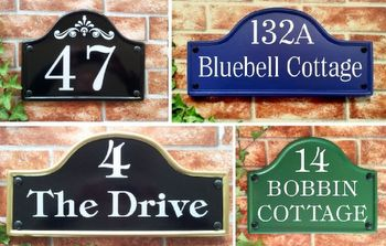 Bridge top house plaques